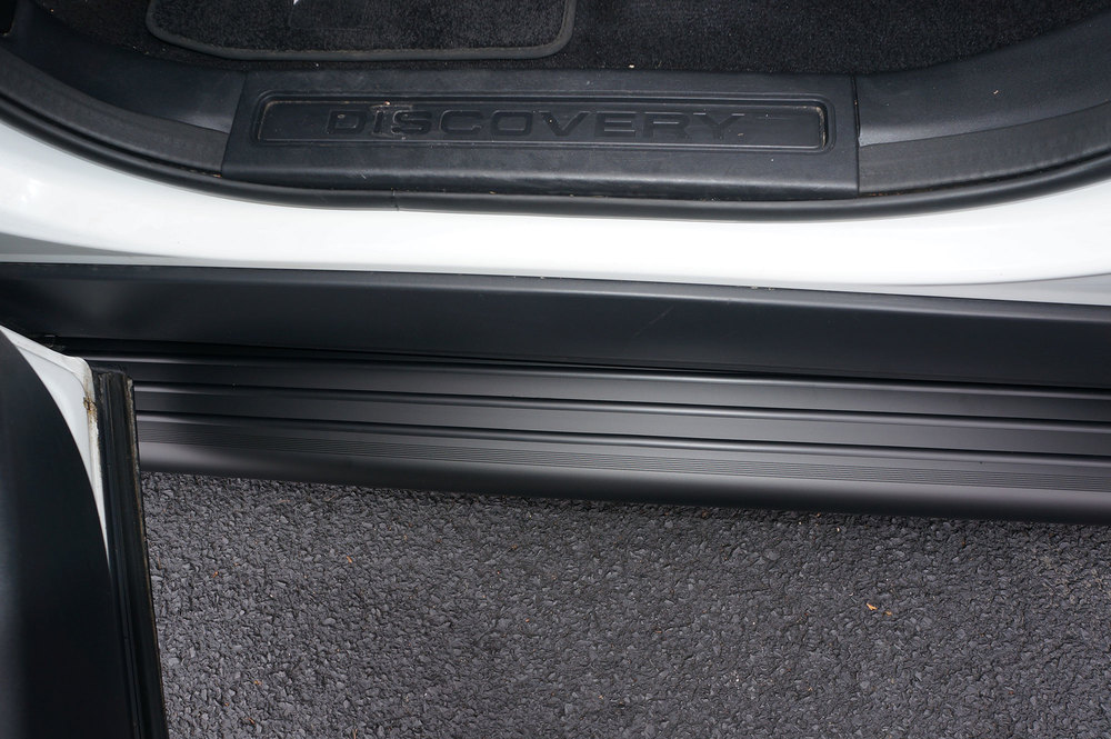 Side Steps / Running Boards For Land Rover Discovery 5, Black Pair, RB2 Series By Romik