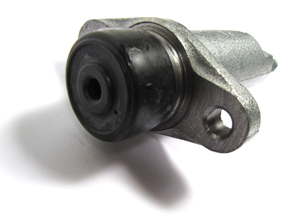 Land Rover Series 3 clutch slave cylinder