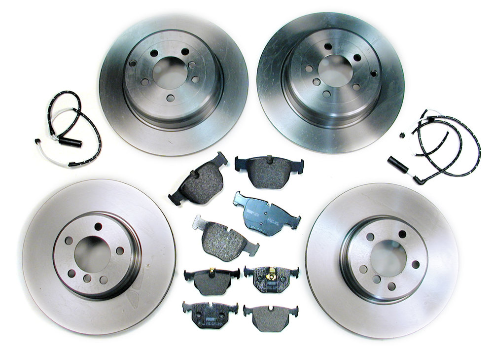 Brake Rebuilding Kit, Front And Rear, For Range Rover Full Size L322, 2003 - 2005, Includes Standard Rotors, Ferodo Pads, And Replacement Wear Sensors