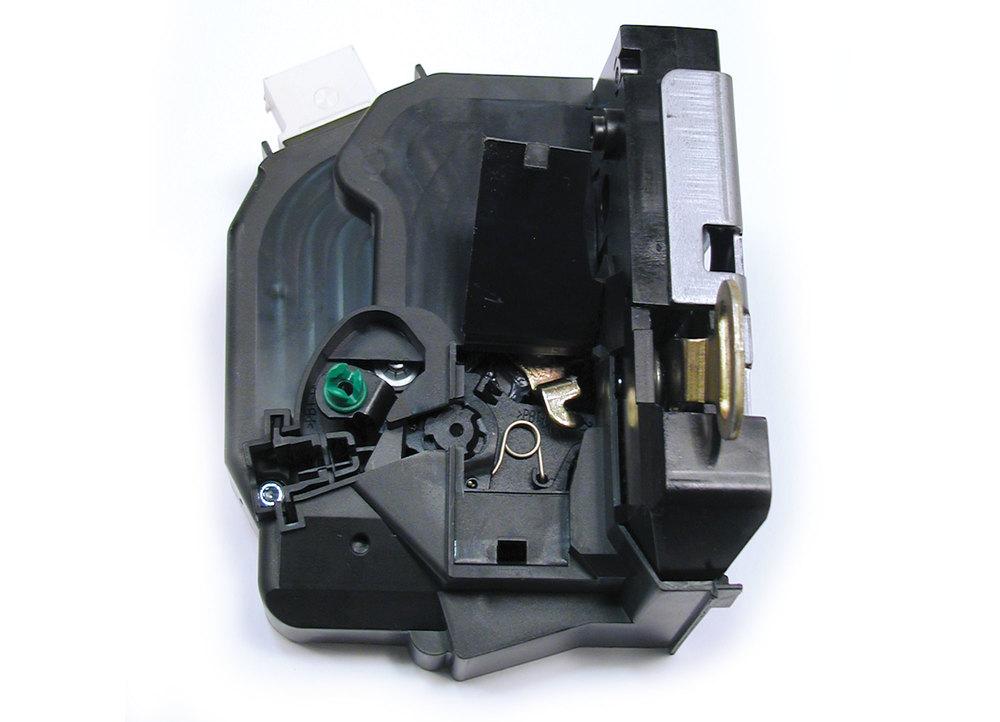 Door Latch / Actuator Right Front