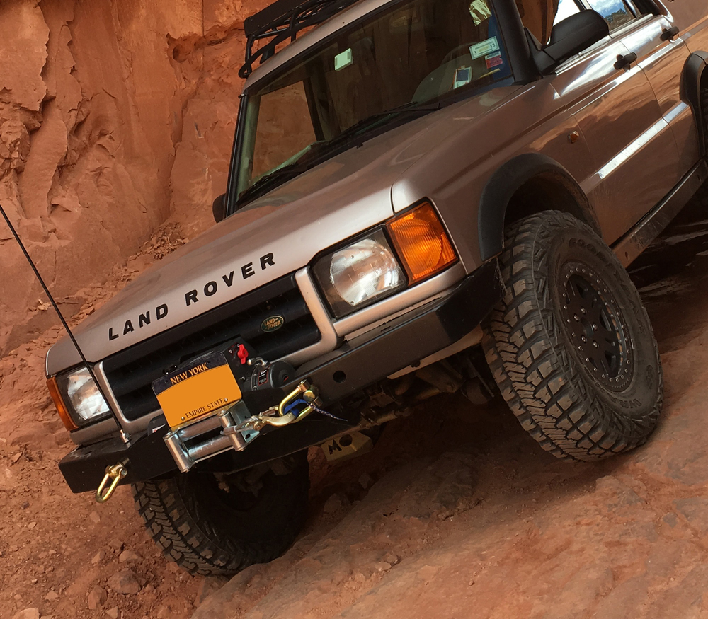Discovery 2 bumper