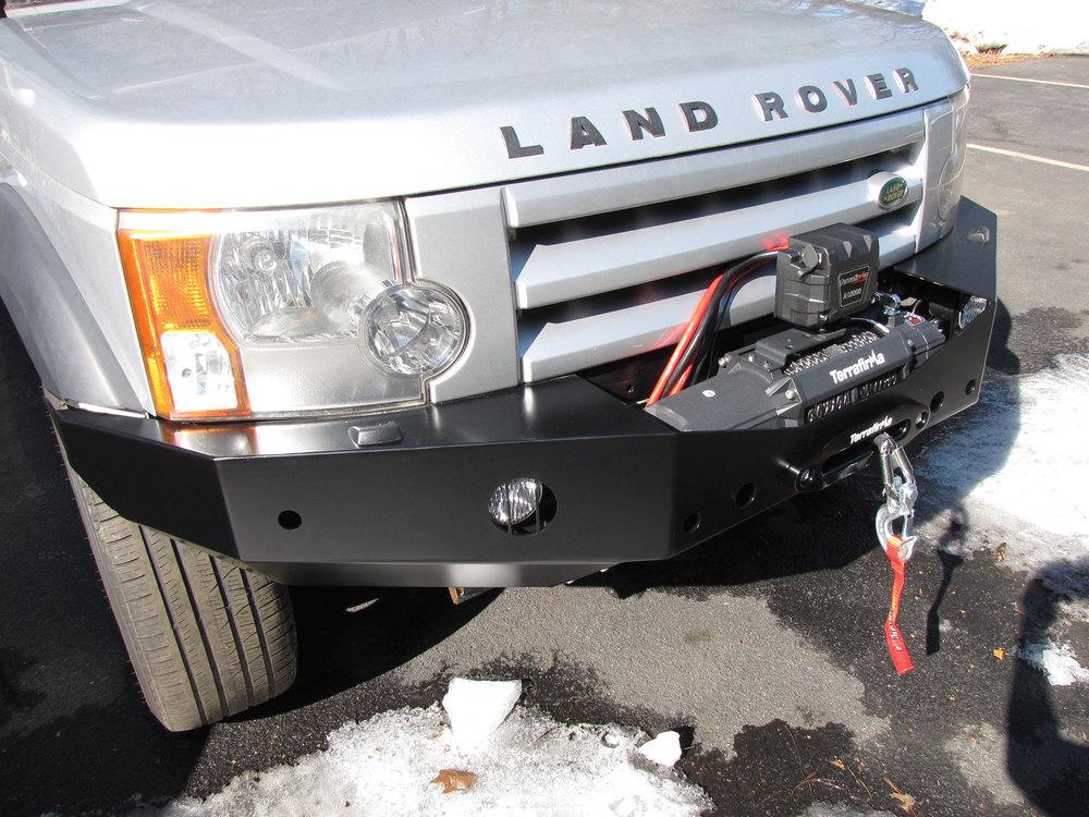 steel front winch bumper installed on LR3