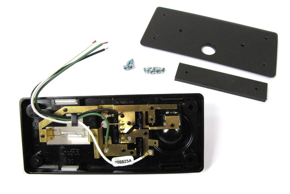 Interior Headlinder Map Light Kit For Defender 200 Tdi, 300 Tdi, And 110 Rest Of World (Non-North American Spec)
