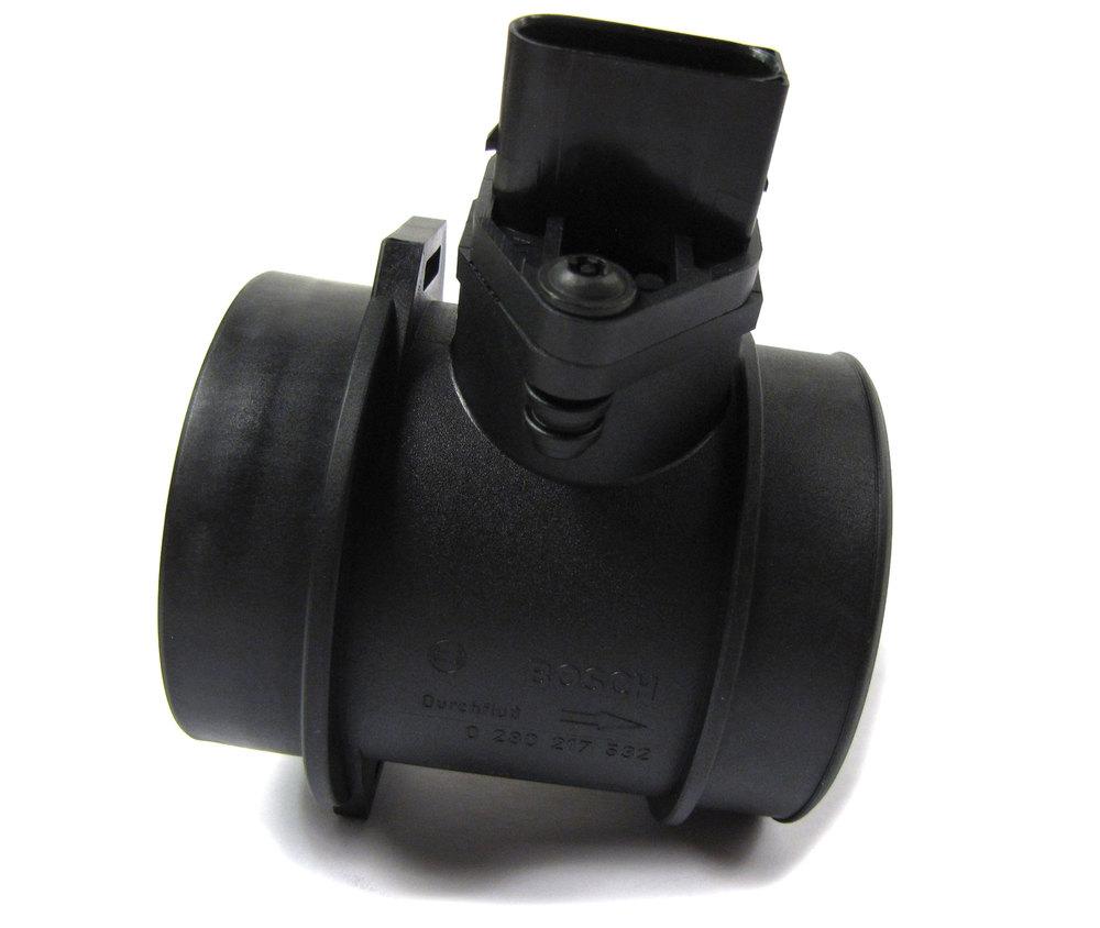 Genuine Mass Air Flow Sensor (MAF) ERR7171 For Land Rover Discovery Series II, 1999 - 2002