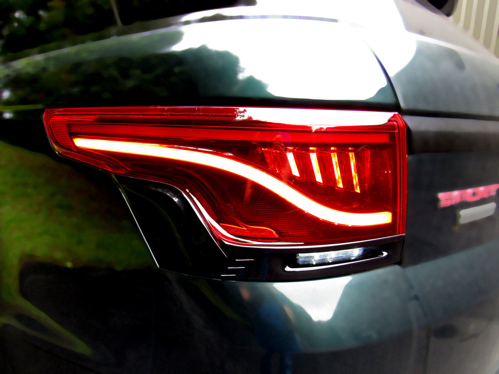 Glohh Gl-5I LED Tail Lights, Black / Red Rear Pair, Dynamic Sequential Fiber Optic Lamps, For Range Rover Sport, 2014 - On