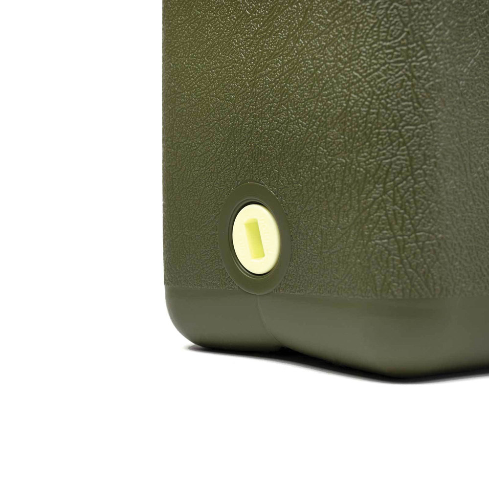 Water Jerry Can By Wavian, 5 Gallon (22 Liter), Heavy Duty Plastic, Olive Drab Green, Bpa-Free And Uv-Stabilized