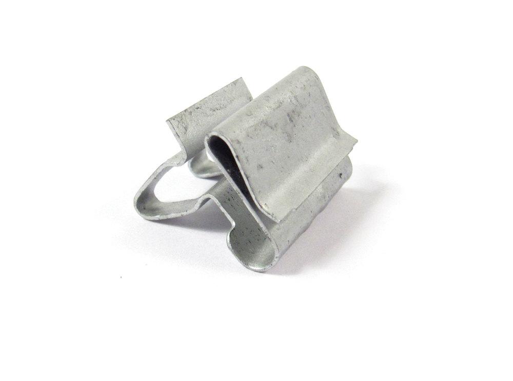 land rover clip - LR001790G