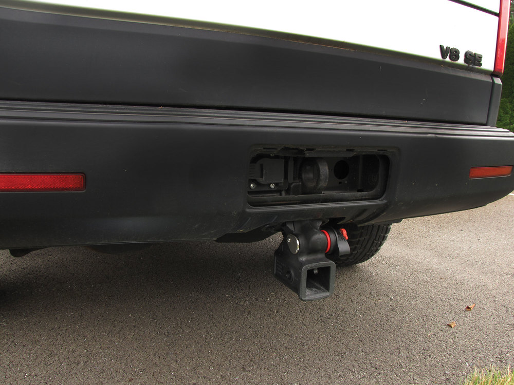 Towing Trailer Hitch LR040248, Original Equipment, 2-Inch Receiver, Class 3, Quick-Release, For Land Rover LR3, LR4 And Range Rover Sport (See Fitment Years)