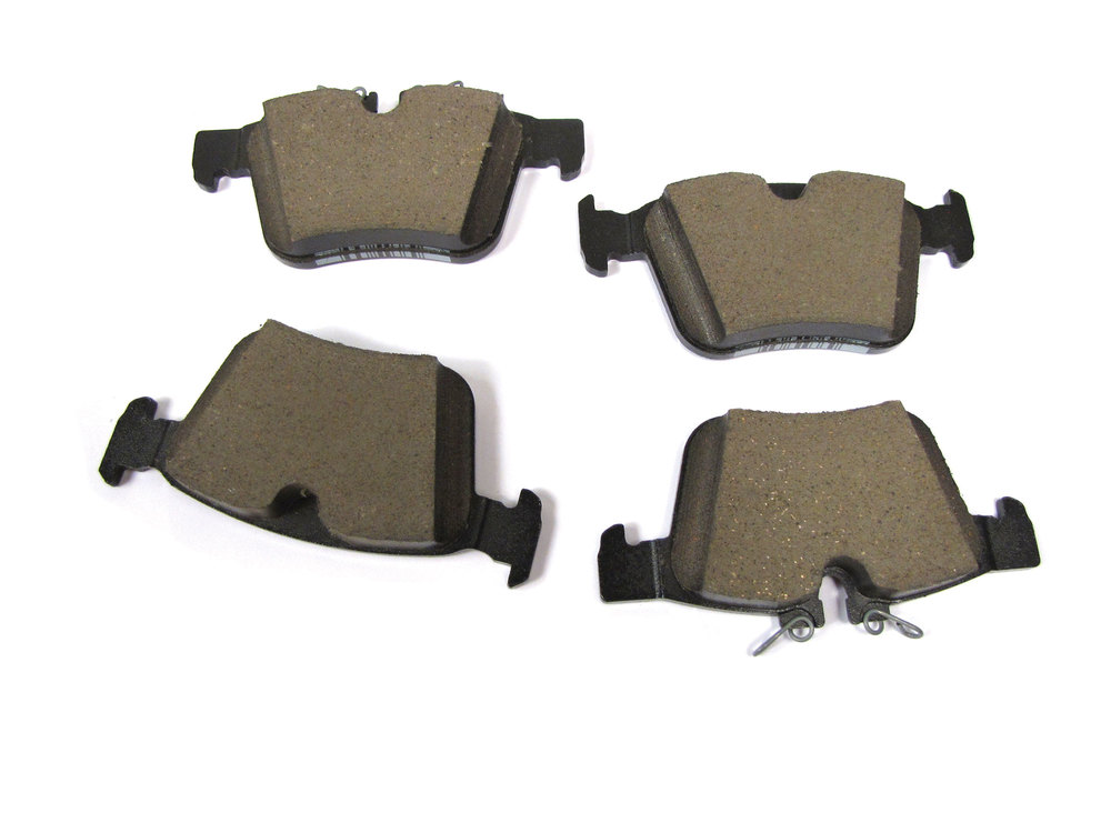 Land Rover Genuine Rear Brake Pads For Land Rover Discovery Sport And Range Rover Evoque (See Fitment Years)