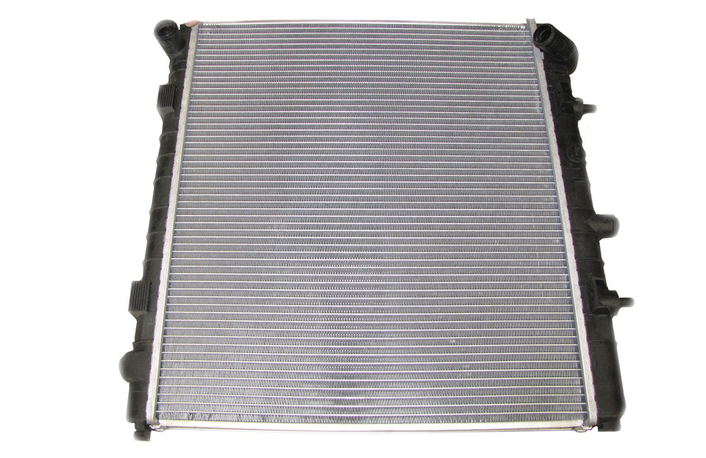 Radiator PCC108080 For BOSCH Engine With Secondary Air Injection On Range Rover P38, 1999 - 2002