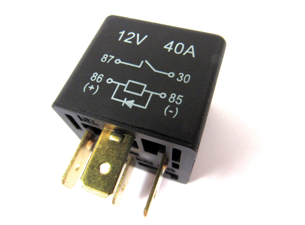 Relay, Multiple Applications, (Original Equipment Was Yellow, Now Supplied In Black) For Land Rover Discovery 1, Discovery Series 2, Defender 90 And 110, Range Rover P38 And Range Rover Classic