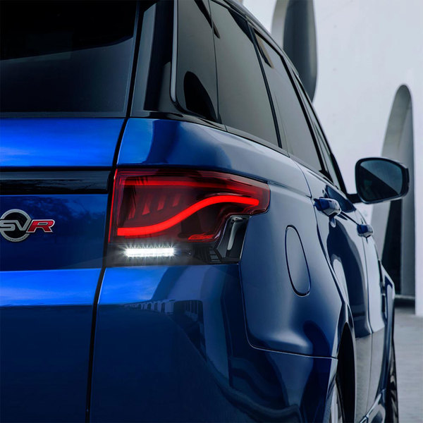 Glohh GL-5i dynamic LED tail light on Range Rover Sport