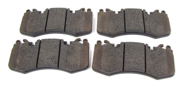 Front Brake Pads LR020362 Or LR093886 For Range Rover Sport And Range Rover Full Size L405 (See Fitment Years)