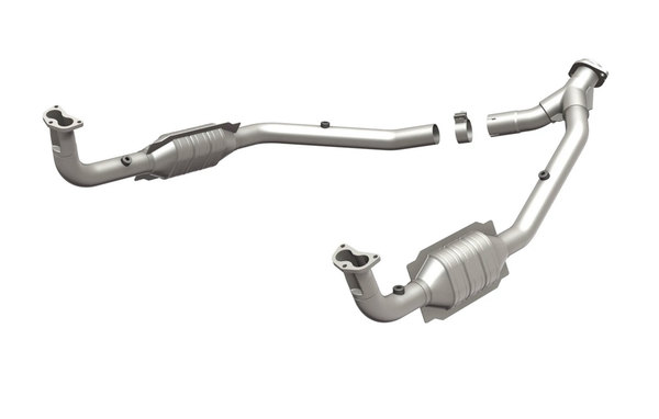 MagnaFlow Land Rover HM Grade Federal / EPA Compliant Direct-Fit Catalytic Converter