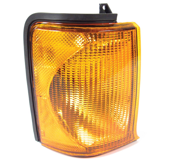 Lamp Assembly, Original Equipment, Right Hand Directional, For Land Rover Discovery Series II 1999 - 2002