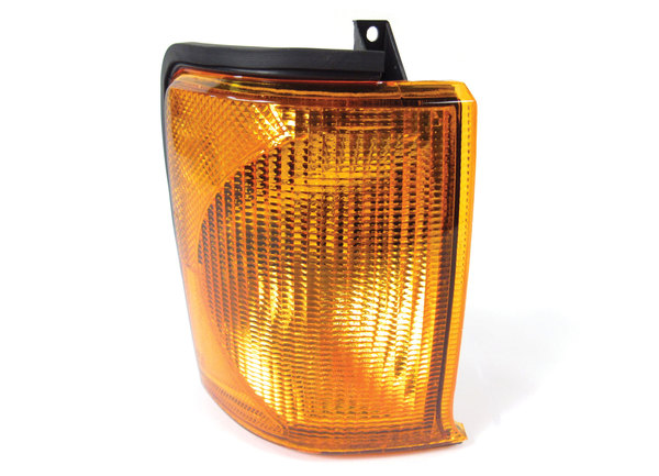 Lamp Assembly, Right Hand Directional, For Land Rover Discovery Series II 1999 - 2002