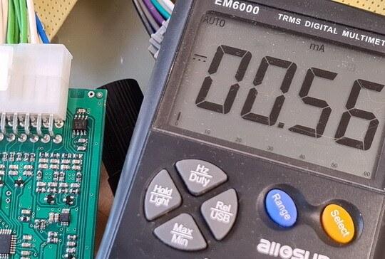 TRMS digital multimeter readout